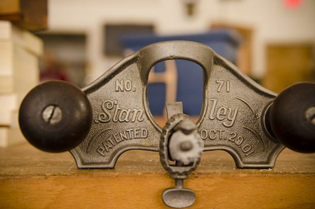 Stanley Planes: Stanley No. 71 Router Plane sitting on a woodworking workbench in Roy Underhill's Woodwright's School