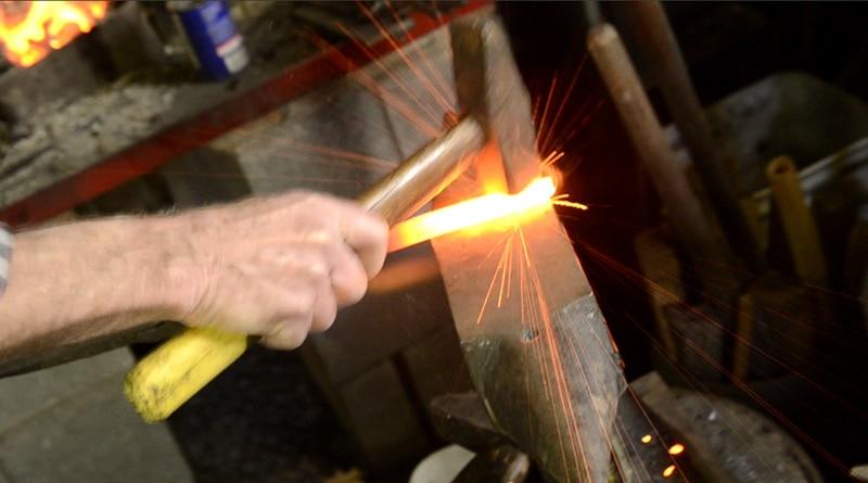 woodandshop-blacksmith-chisel-repair-bruce-dembling-fuse