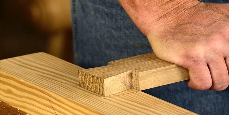 moravian-half-blind-lap-dovetail-joint-fit