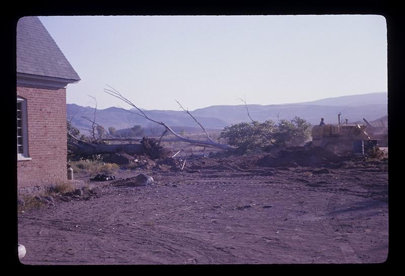 Anabella-hogan-construction-(2)-1971