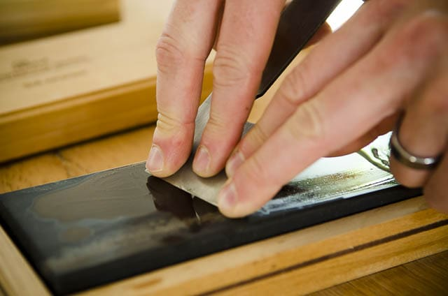 Oil Sharpening Stones Honing A Stanley Bailey Hand Plane Blade