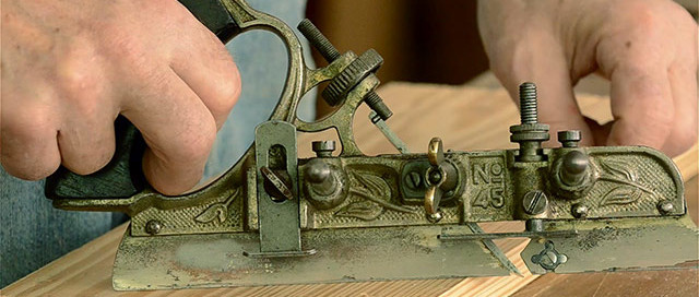 Bill Anderson Using A Vintage Stanley 45 Combination Plane At Roy Underhill'S Woodwright'S School