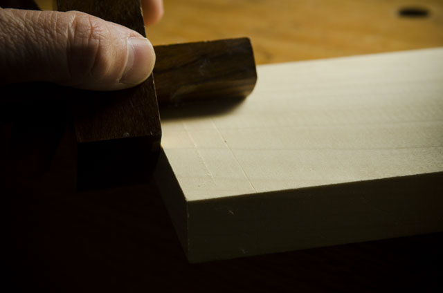 Cutting a fuzzy line with a pin marking gauge