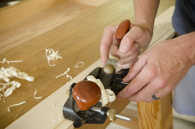 using the Veritas Skew Rabbet Plane