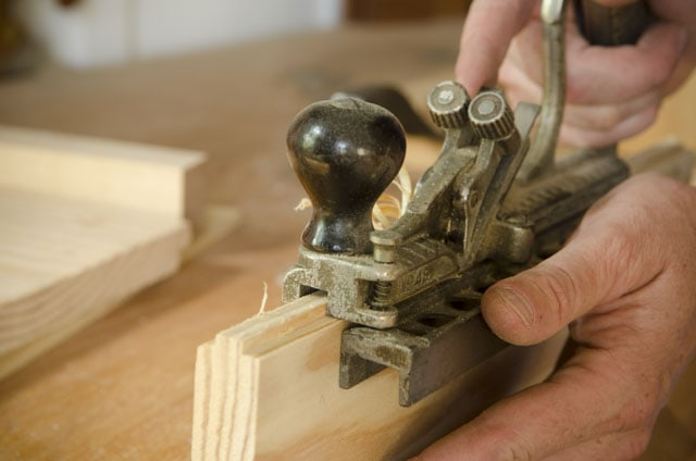 a stanley 48 tongue & groove plane cutter cutting a tongue