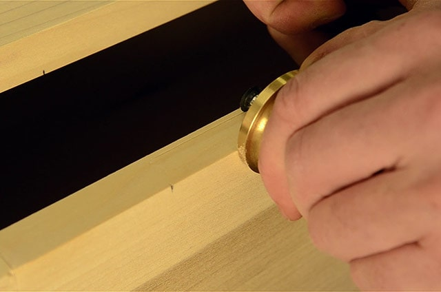 Adding hinges to a dovetail chest box using marking gauge