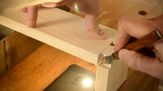 Cutting Dovetails By Hand With Woodworking Hand Tools Using A Marking Knife And Flash Light