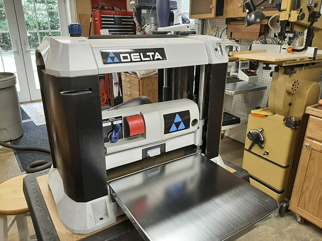 Delta 22-580 13 Inch Thickness Planer For Benchtop Planing