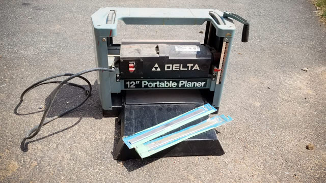 Delta 12 Inch Portable Thickness Planer