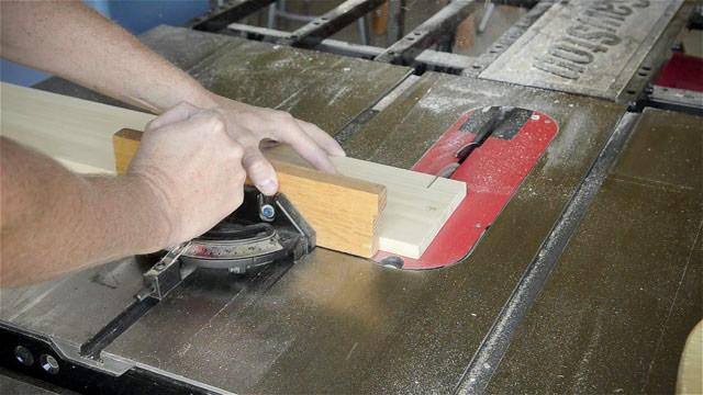 Cross Cutting With A Miter Gauge On A Sawstop Table Saw