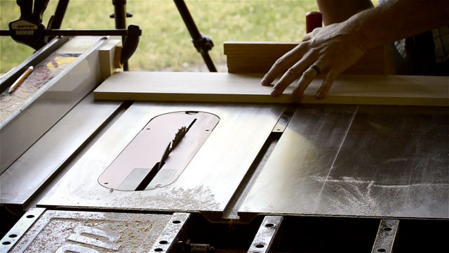 Cross Cutting A Board On A Sawstop Table Saw Best Table Saw Guide