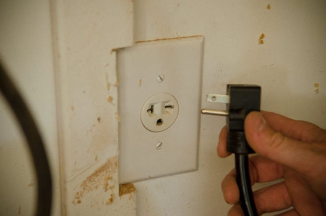 220 Volt Plug And Outlet For The Best Table Saw