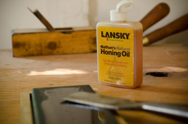 Chisel Sharpening With Oil Sharpening Stones And Lansky Honing Oil